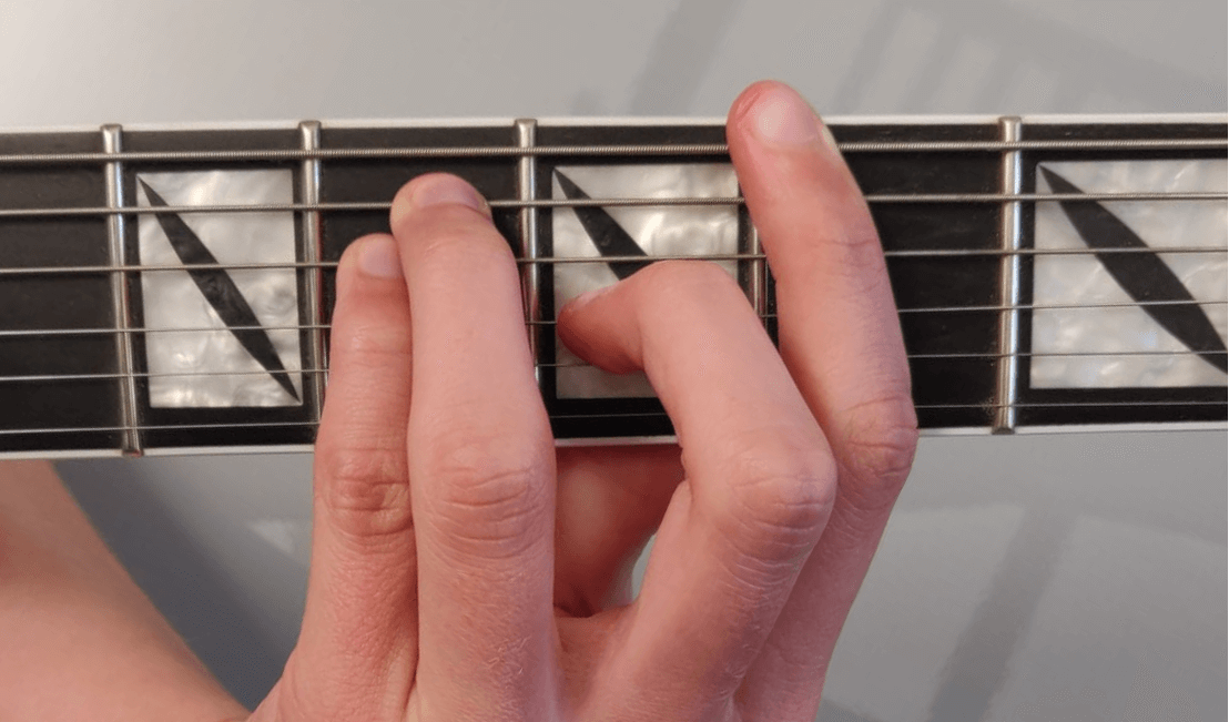 You are currently viewing How to Play Bar Chords on Guitar